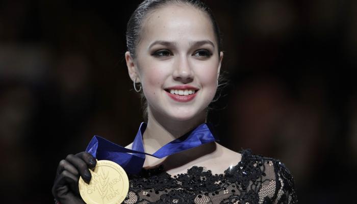 С золотой медалью